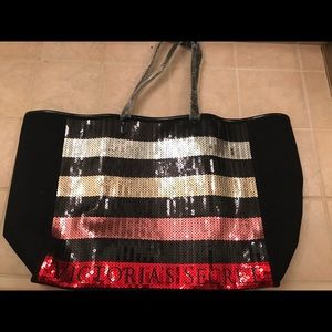 Handbags - Victoria's Secret tote